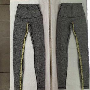 "Lululemon Houndstooth pattern 30"" Leggings 4"